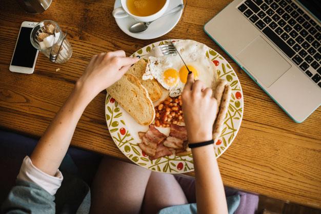 Ingin Menaikan Berat Badan? Konsumsi 7 Makanan Sehat Ini