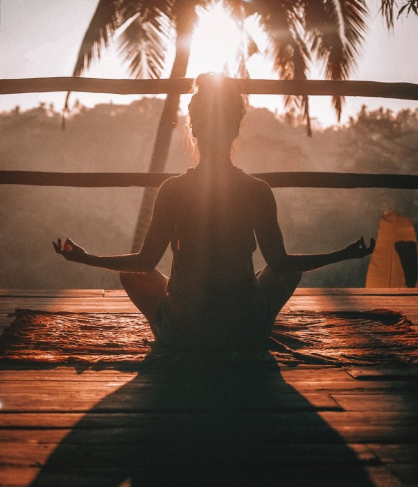 Ini Manfaat Meditasi, Bisa Mengurangi Stres & Kecemasan!