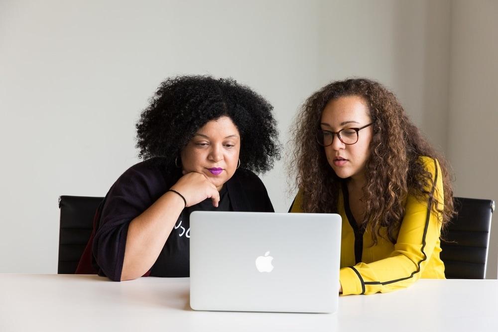 8 Tips Sukses Negosiasi Online Saat 'Work From Home'
