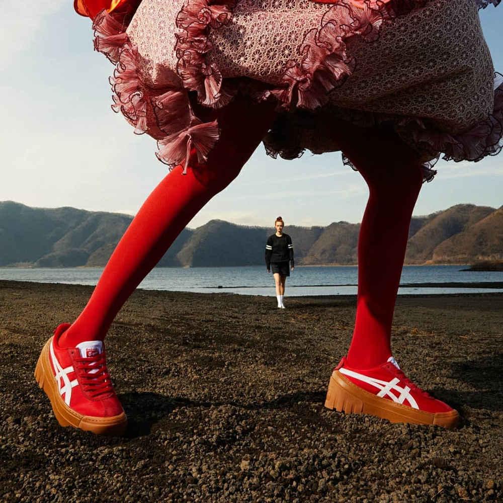 Onitsuka Tiger Hadirkan Koleksi Sepatu 'Delegation Chunk™'
