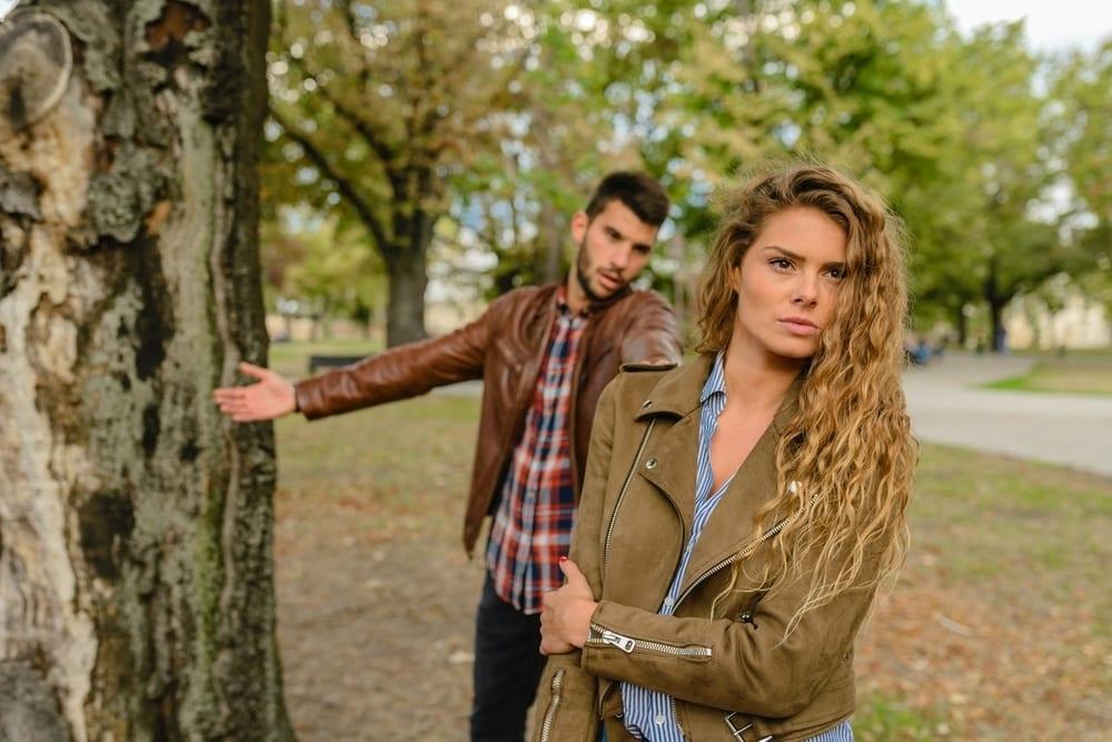Ketahui 5 Kebiasaan Yang Buat Pasangan Menjauh Darimu