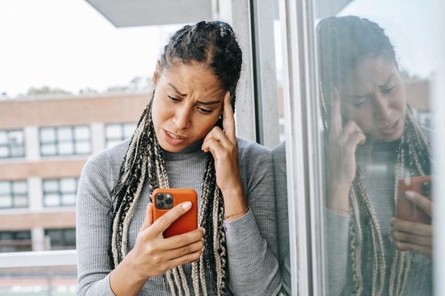 Alasan Pria Berhenti Menghubungimu Paling Umum