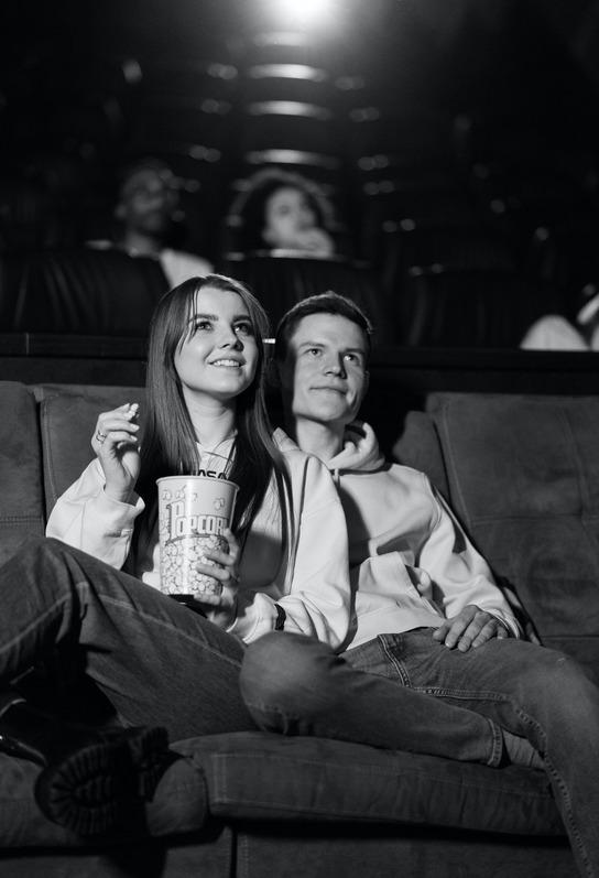 5 Film Romantis Remaja Terbaik, Dijamin Bikin Baper
