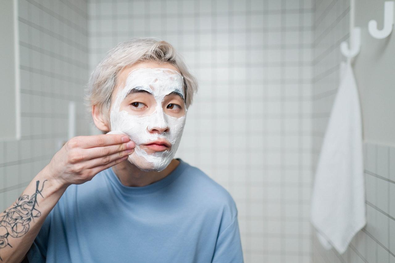 Rekomendasi Masker Wajah Untuk Pria