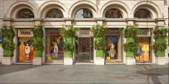 Butik Fendi Di Italia Dibuka Kembali Dengan Jendela Spesial