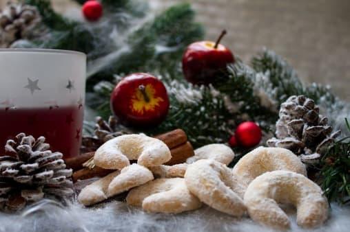 6 Kue Kering Yang Harus Ada Saat Natal
