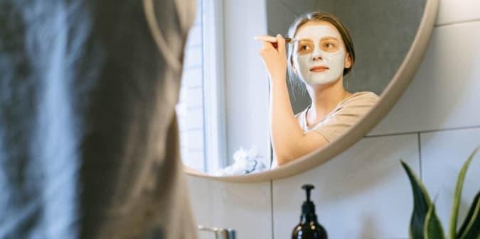 Intip 5 Face Mask Yang Cocok Untuk Kulit Berjerawat