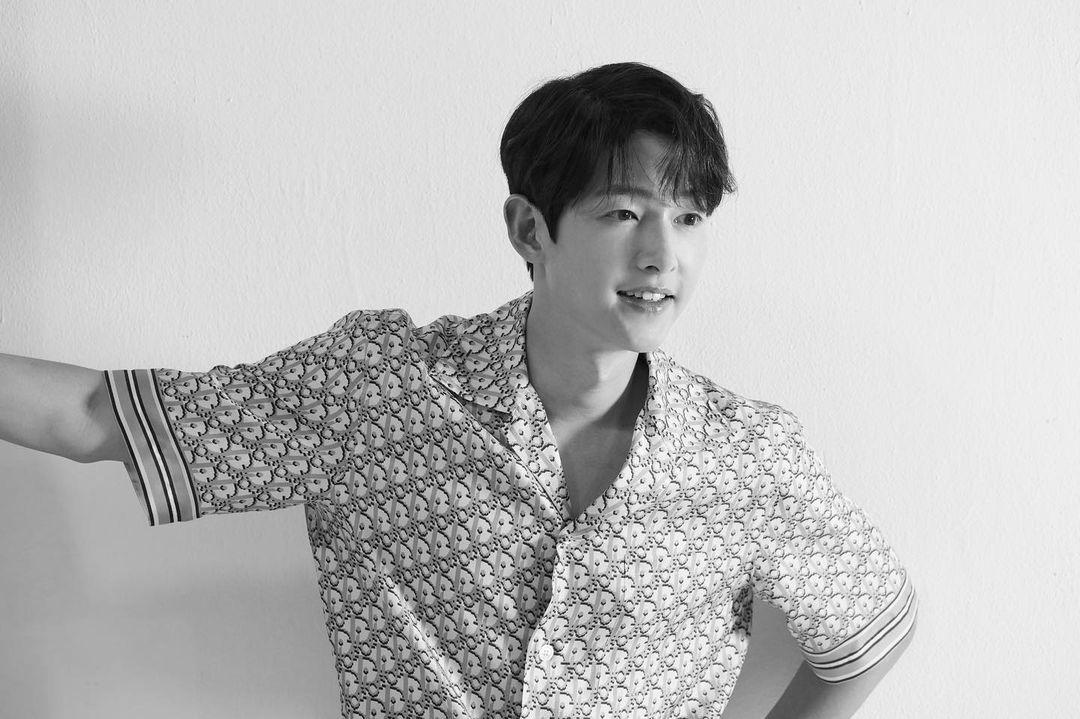 Song Joong Ki Akan Berperan di Film Drama Mendatang
