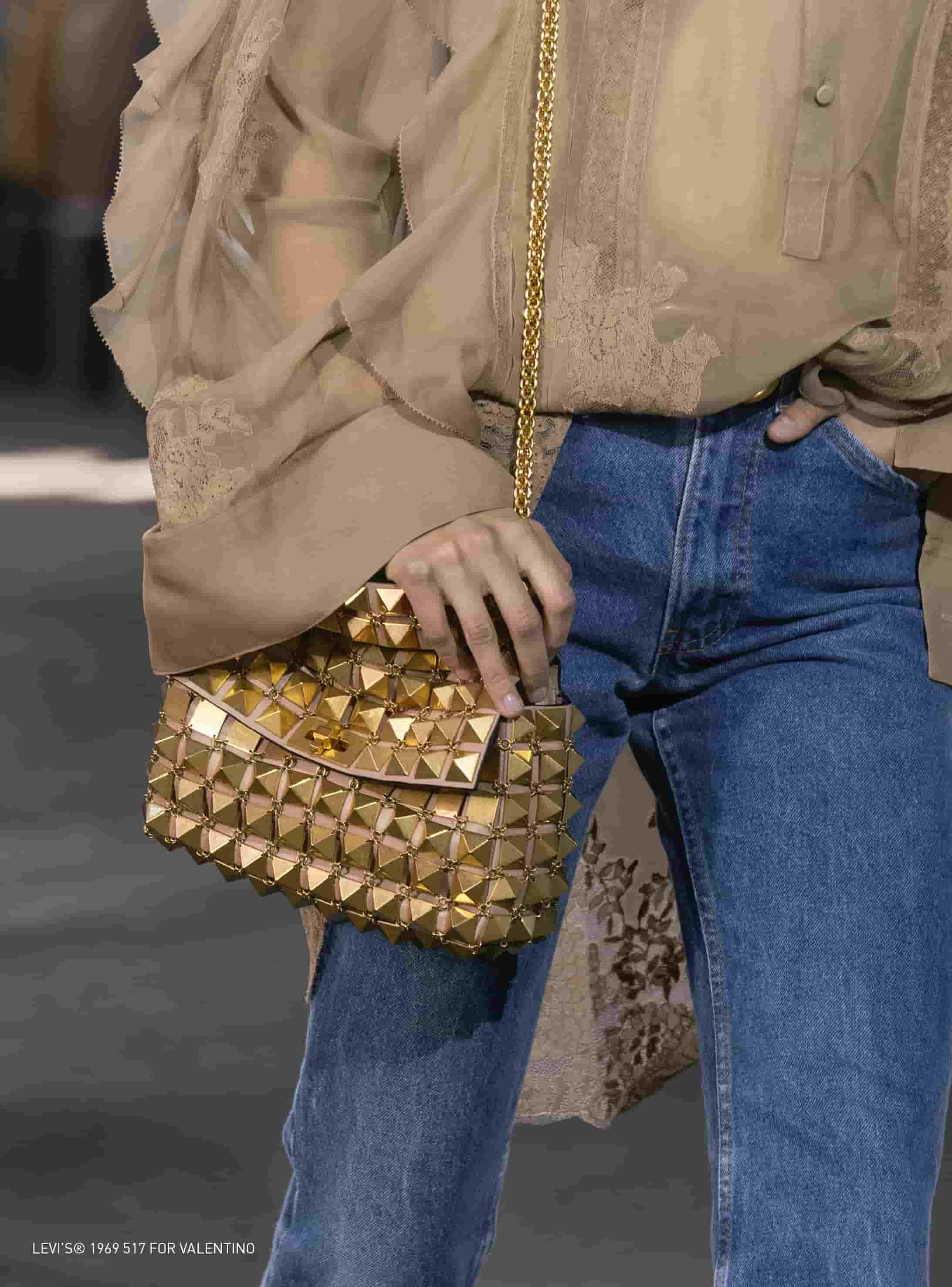 Inspirasi Style Jeans Levi's Dari Milan Fashion Week